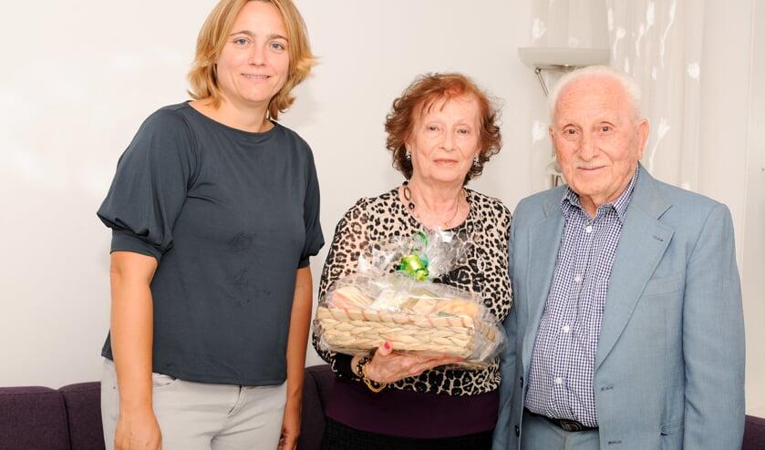Erna Berends met het echtpaar Mikhail - Shamon.