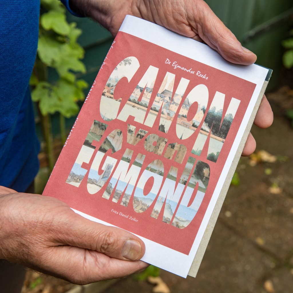 De voorzijde van het boek 'Canon van Egmond'. (Foto: vincentdevriesfoto.nl) © rodi