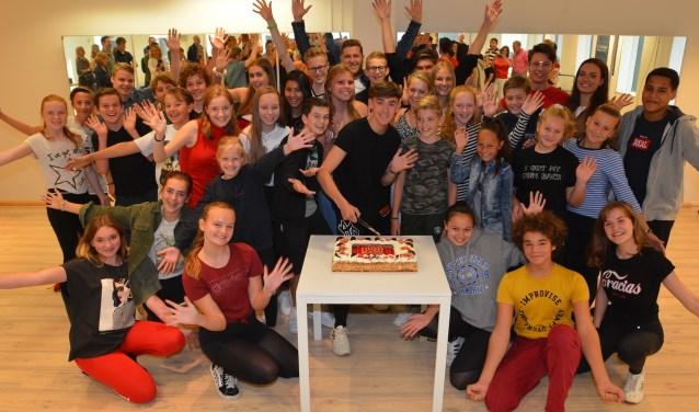 De 'Musical 2.0 Topklas'-cast van 'High School Musical'.