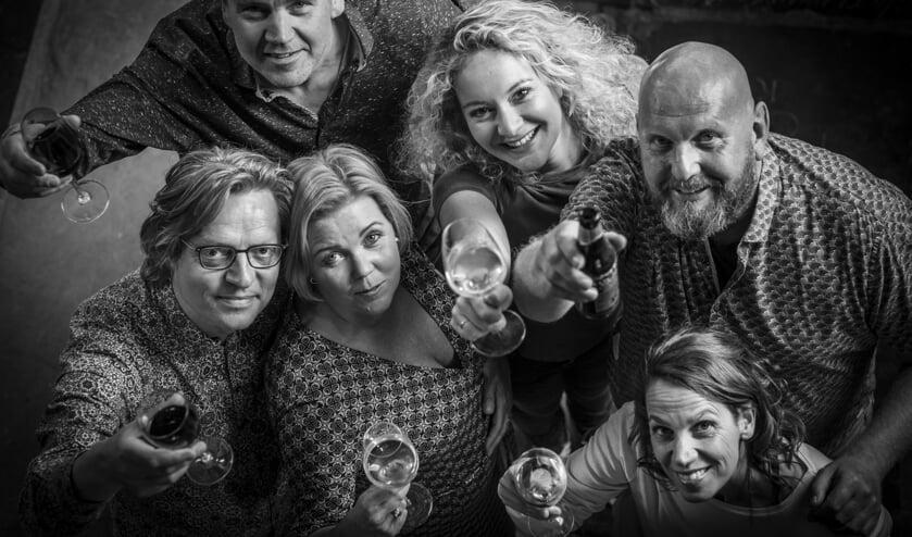 BB6 met v.l.n.r. Wil Vlaar, Rene Smit, Esther Hoek, Stephanie Kramer, Martin Rozema en Colet Nierop,