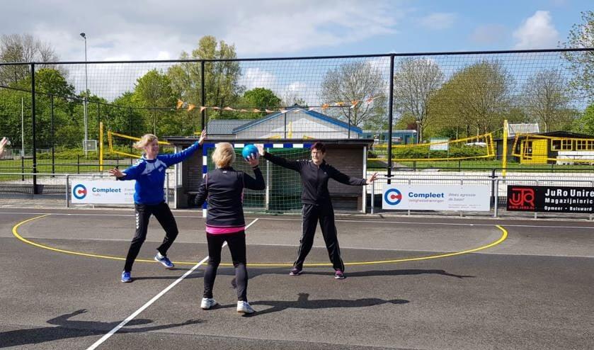 Doe mee met Walking Handball.