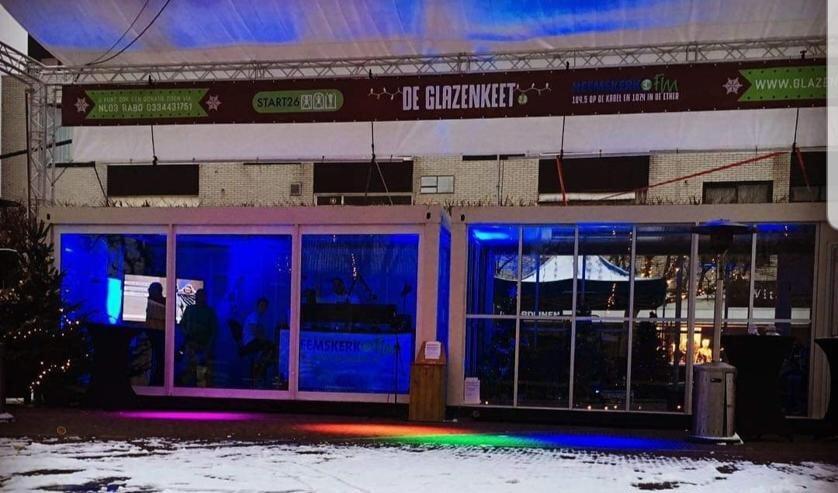 De Glazenkeet is in december weer op het Nielenplein.