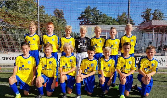 LSVV JO13-1 wint de eerste bekerwedstrijd van Bergen.