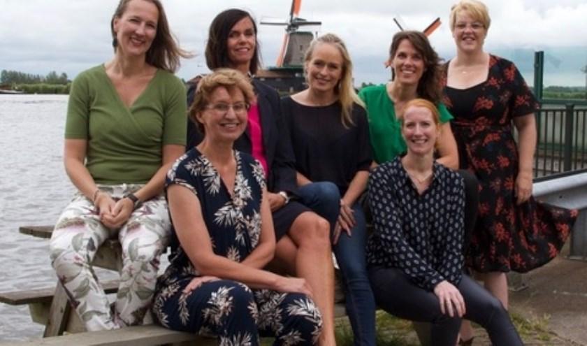 Zaanse ondernemende vrouwen werken samen tijdens Zaanse Loslaatdag.