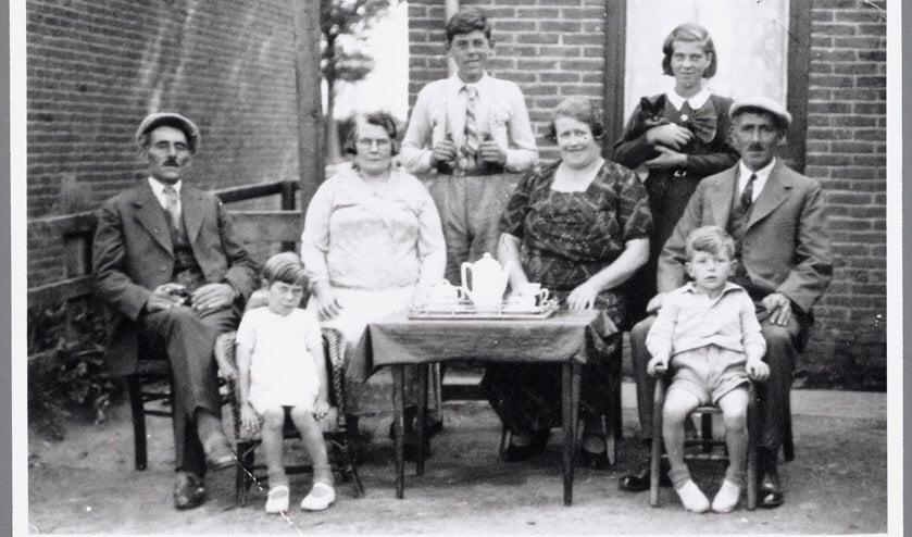 een foto met voorouders uit de Beeldbank van het GAZ.