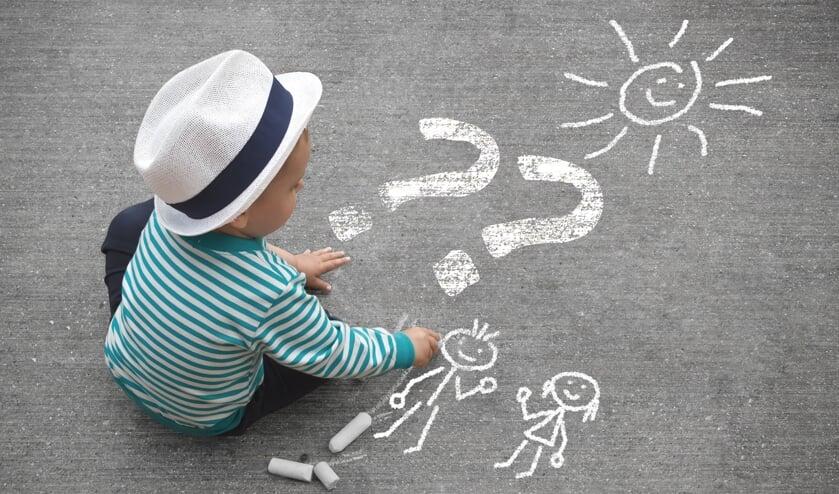 Al een aantal jaren is Daniël, die nu negen jaar is, bezig met de grote vraag: wie zijn mijn biologische ouders?