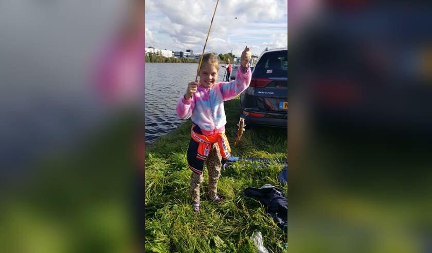 Vissen vangen aan de Noordervaartdijk.