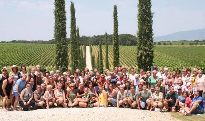 Popkoor SurpriSing op jubileumreis in het Italiaanse Toscane.