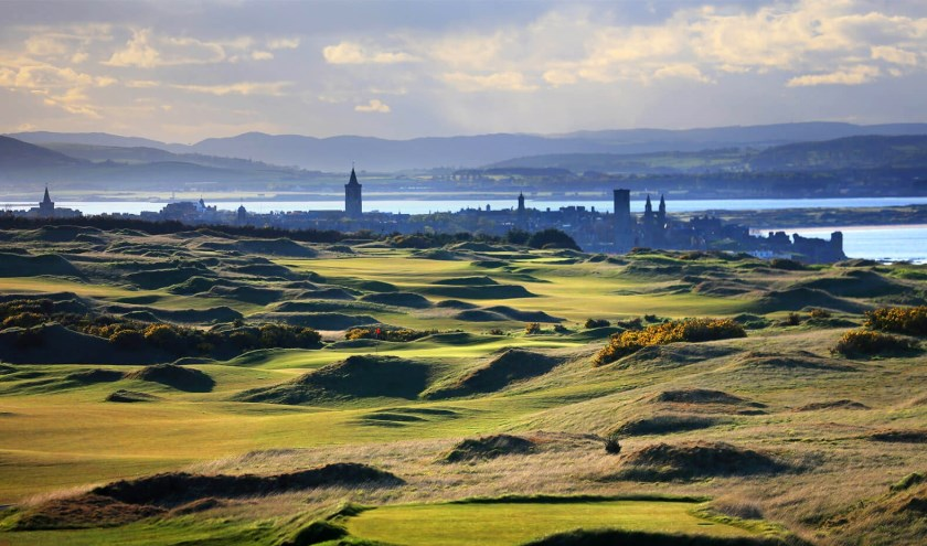 De prachtige en uitdagende Castle Course kan ook gespeeld worden bij Golf Atlantique.