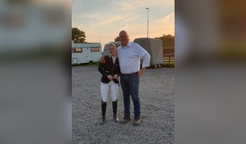 Britt Dekker met Ron van Eerden.