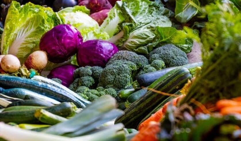 Koken met groente uit eigen tuin is ook consuminderen.