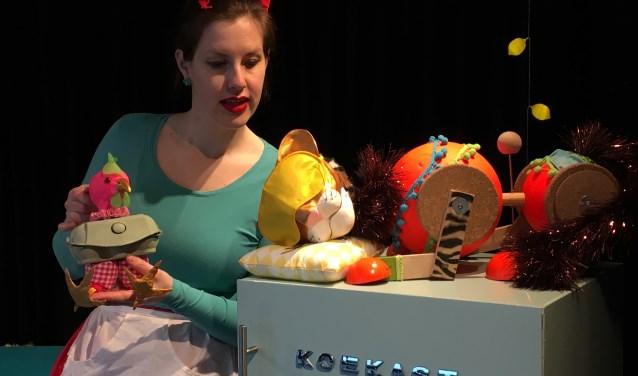 Irene speelt 'Taart voor Tijger'.
