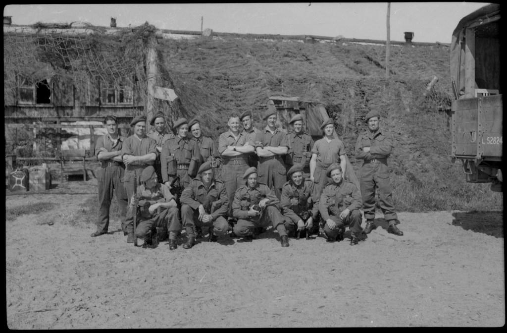 Niestadt Beeldbank/Zijper Museum: Engelse militairen aan de Noord-Hollandse kust, Zijpe, 1945. (Foto: aangeleverd) © rodi