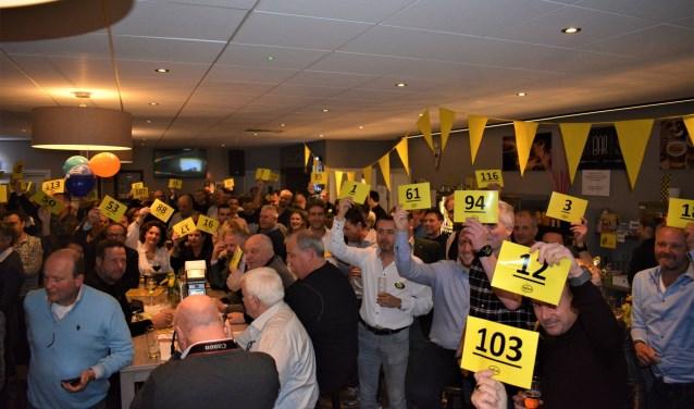 De sportveiling is voor ingediende projecten van West-Friese sportverenigingen en evenementen en om mensen met een beperking te ondersteunen in het sporten.