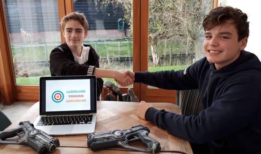 Rens Zuiderwijk (links) Thijmen Lindner (rechts) gaan een langdurige samenwerking aan.