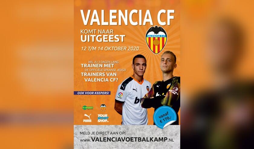 De flyer van de Valencia Voetbalkamp.