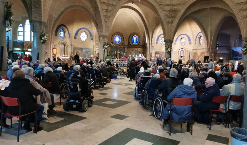 Het Weinachtsfeest in de St. Agathakerk in Beverwijk.