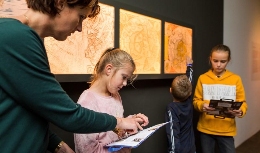 Familierondleiding kinderactiviteit in het Scheepvaartmuseum tijdens de staking.