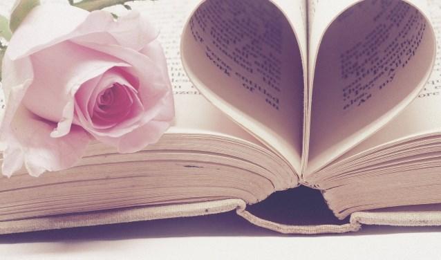 Valentijntje: Schrijf een kort gedichtje of liefdesuiting in de krant voor jouw Valentijn!