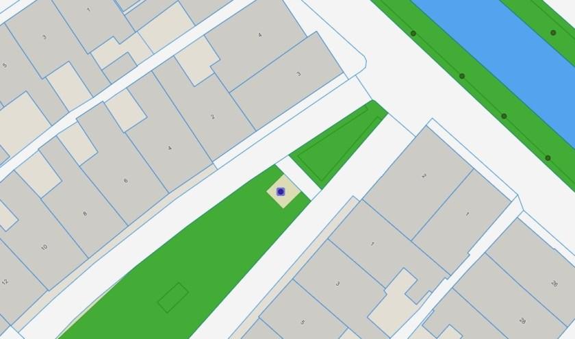 De koningslinde in de Berend Demmerstraat wordt gekapt.