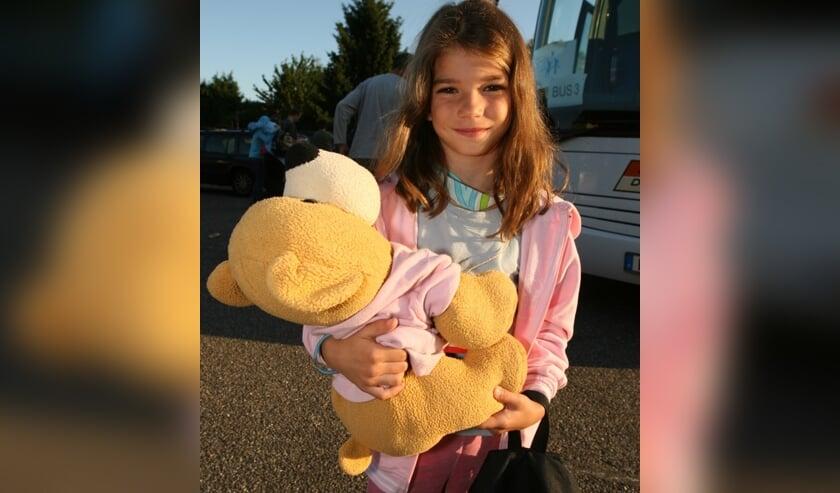 Wie bezorgt dit meisje uit Oost-Europa een mooie vakantie in Nederland?