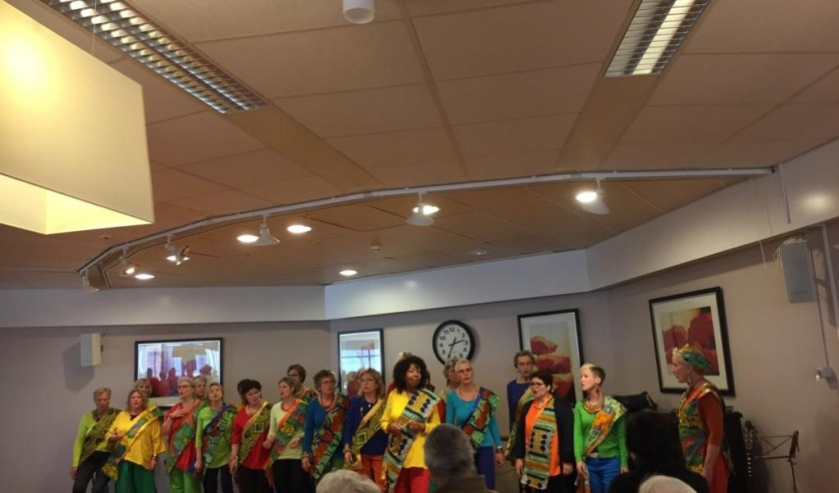 'Gouden Dagen' verzorgt een optreden van het koor Kuzola.