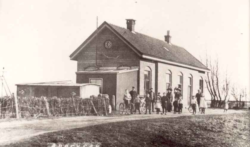Station Abbekerk-Lambertschaag anno 1905.