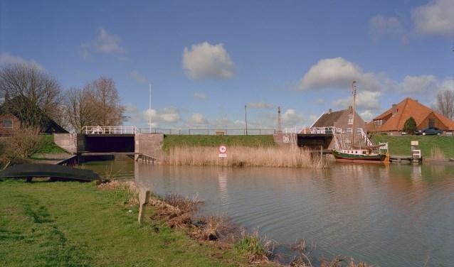 De Noordersluis, de Zuidersluis en de Hornsluis worden geïnspecteerd.