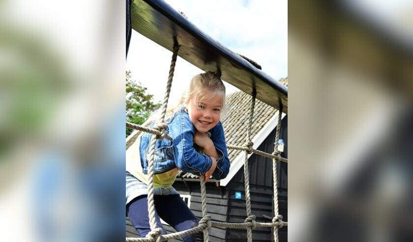 Kinderen vermaken zich wel bij Museum BroekerVeiling.