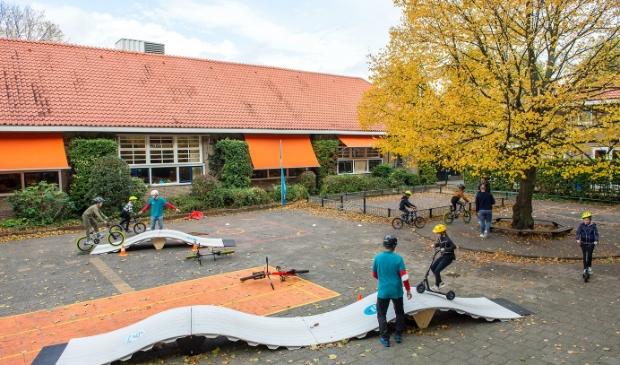 <p>Als alles goed gaat komt de eerste openbare en demontabele pumptrack van Nederland in Badhoevedorp te liggen. </p>