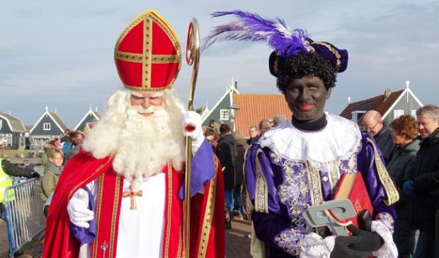 <p>Vorig jaar was de Sinterklaasintocht nog fysiek op Marken dit jaar kunnen de kinderen de Sint online zien aankomen.&nbsp;</p>