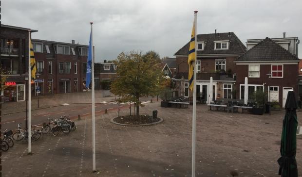 <p>De VN-vlag wappert in Oostzaan - als er genoeg wind staat.</p>