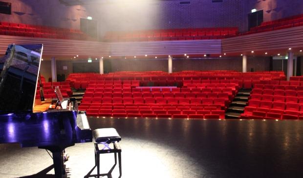 <p>Het Kennemer Theater.</p>