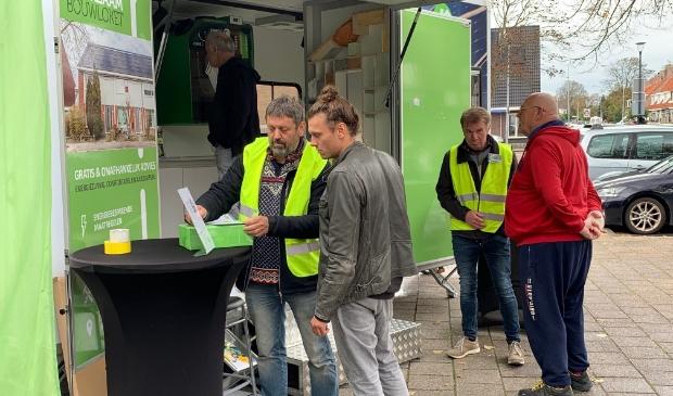 <p>De energiecoaches van EcoHeemskerk gaven aan bijna 100 Heemskerkers voorlichting over isolatiematerialen en over de lopende woningisolatie-actie. </p>