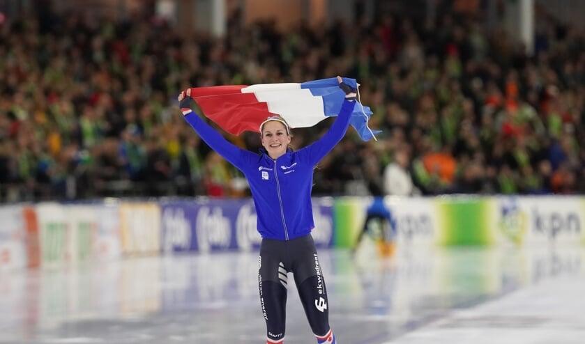 Heerenveen- Thialf NK afstanden 1500 mtr.  Melissa Wijfje wint de 1500 mtr.