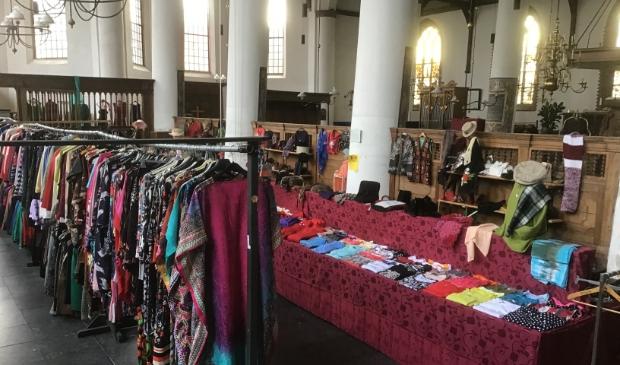 <p>Opbrengst kledingmarkt voor restauratie Bonifatiuskerk.</p>