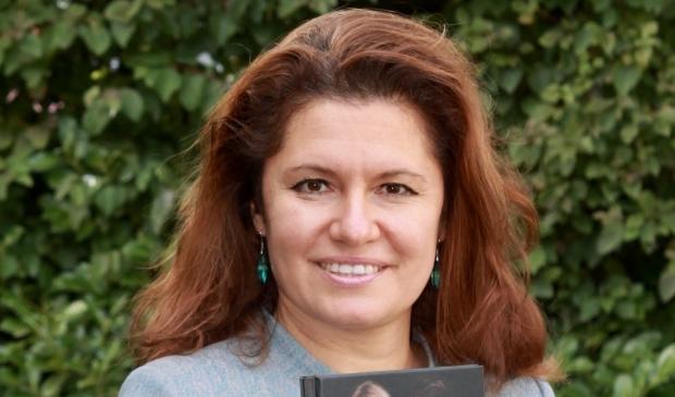 <p>Maria Genova.</p>