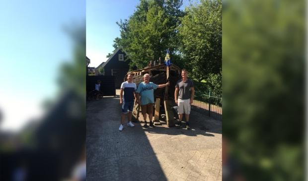 De Westfriesche Jol BC 15 met familie van den Dungen
