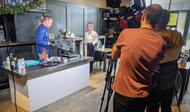 <p>&nbsp;Food for the Mood Catering & Events in tv-programma Ondernemerslounge.</p>
