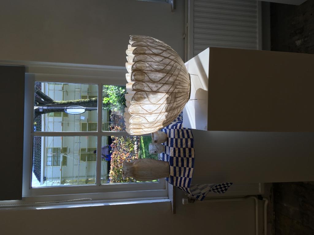 <p>Tot half januari door de ramen naar kunst kijken.&nbsp;</p> <p>(Foto: aangeleverd</p> © rodi