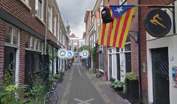 De man werd mishandeld in de Cornelissteeg in Haarlem.