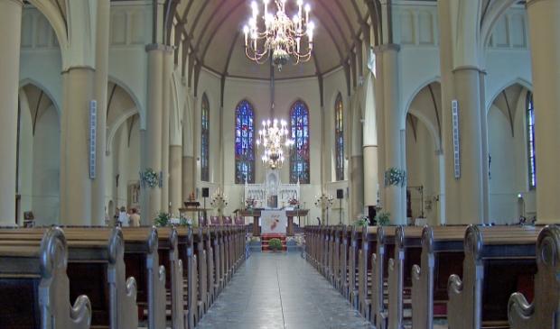 De Pancratius kerk weer beperkt toegankelijk.
