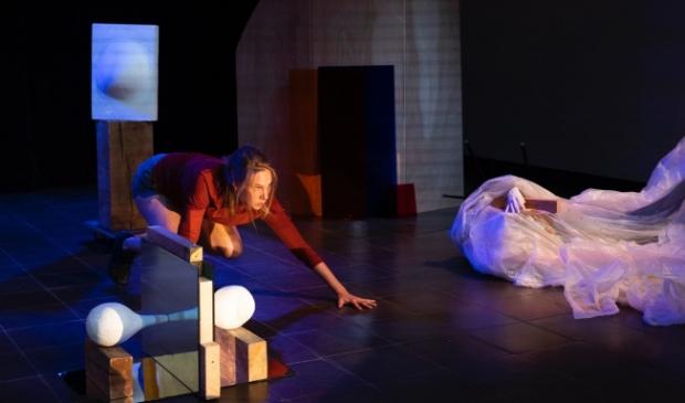 <p>De Peeshow is een nieuw coronaproof theater.</p>