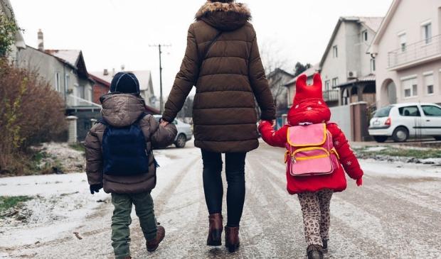 <p>Voor meer dan 23.000 kinderen is een veilig en stabiel thuis niet vanzelfsprekend. </p>