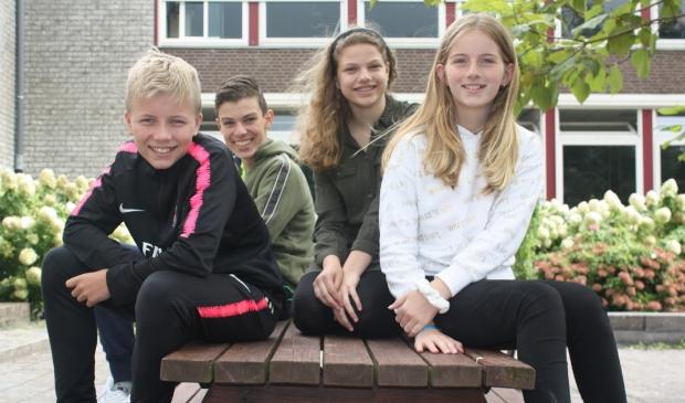 <p>Het Bernard Nieuwentijt College is een kleinschalige middelbare school.</p>