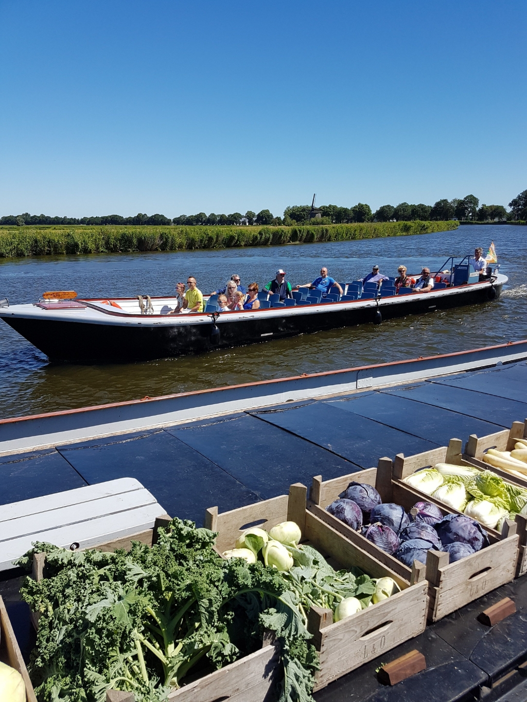 <p>Een mooi voorbeeld van verbinding in het toekomstige hart: de pilot met De Broekervaart bood tijdens verschillende evenementen een gratis overtocht van Heerhugowaard naar Broek op Langedijk en terug </p> (Foto: ) © rodi