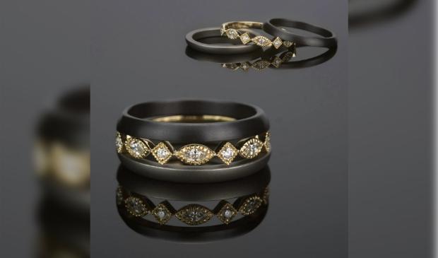 <p>Prachtige sieraden van Marc Lange.</p>