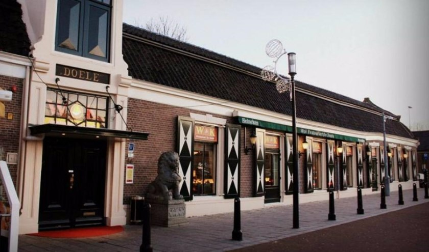 Het restaurant op het karakteristieke punt.