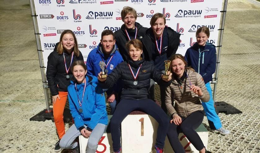 Het snowboardteam bestond uit: Meis Poland, Sia Westphal en Ole van Dreumel. Het skiteam bestond uit: Lasse Ruijs, Quinten Hoogervorst, Nienke Conjong, Merel Kooge, Lucas de Lange.
