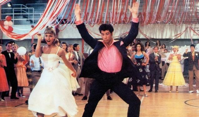 Uit je dak net als Sandy en Danny uit 'Grease'.